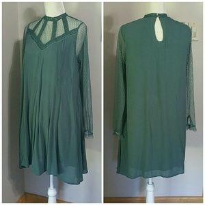 Boho flowy sheer sleeves dress. Size Sm.